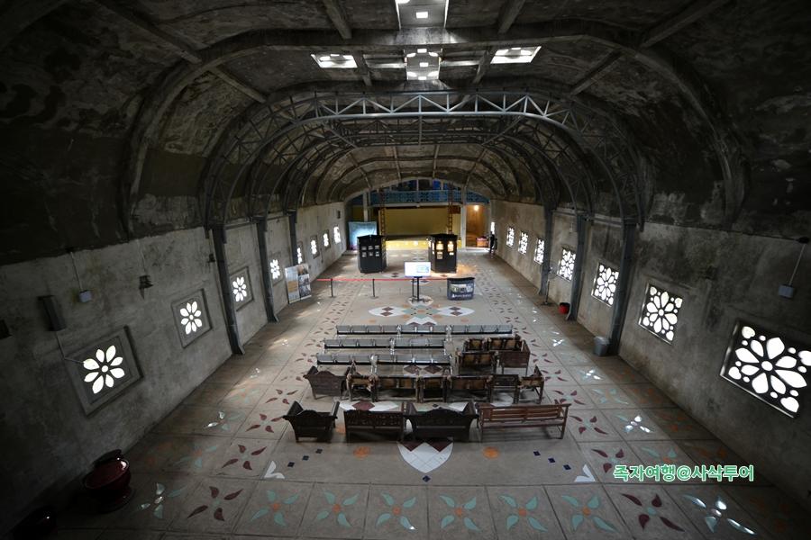 족자카르타 닭교회065.JPG